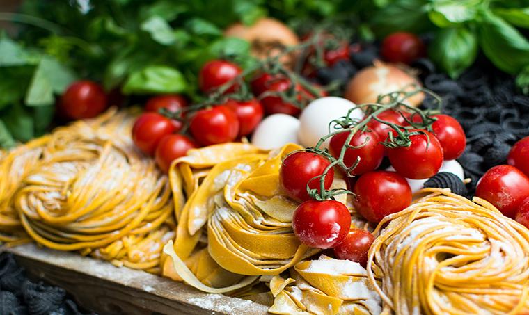 خوراک لذیذ ایتالیایی
